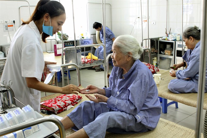 Việt Nam rushes to improve elderly healthcare