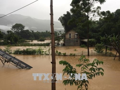 Flood victims receive relief funds