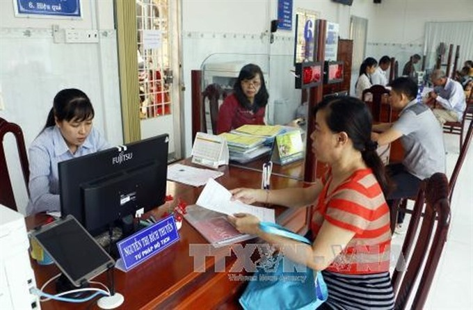 Vĩnh Long Province continues administrative reform