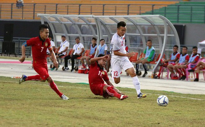 Việt Nam lose to Indonesia at AFF U19 event