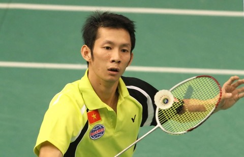 Minh knocked out of world badminton champs