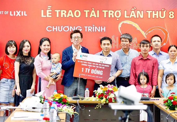 Lixil Việt Nam continues donating for childrens heart surgeries