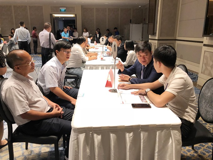 VN Chinese province talk business