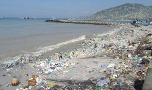 Việt Nam speeds up plastic free ocean initiative