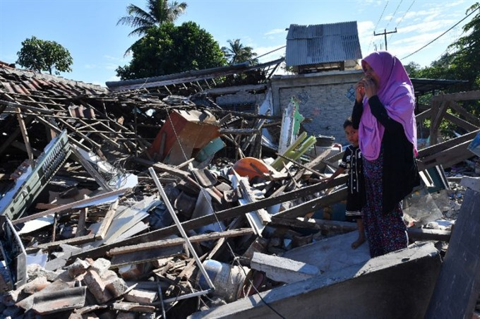 Multiple quakes rock Indonesias Lombok island five dead