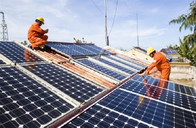 Hà Tĩnh to build two solar power plants