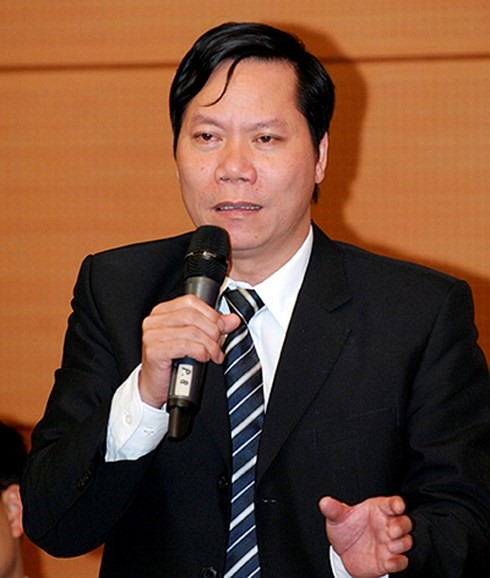 Former hospital director investigated in Hòa Bình fatal health scandal