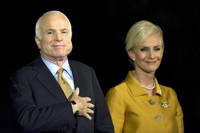 John McCain unbridled titan of American politics dies at 81