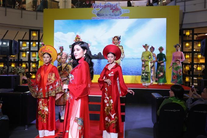 Vietnamese traditional áo dài hits the runway in Thailand