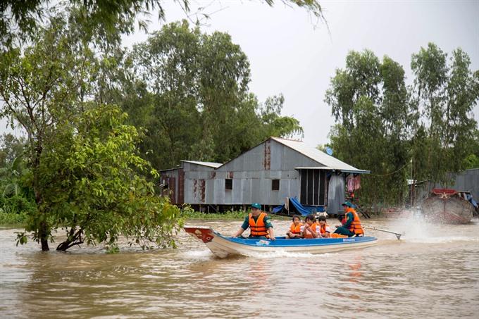 Delta provinces take action to ensure safety during flood season
