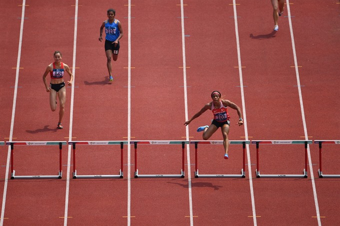 Lan qualifies for final round of womens 200m in ASIAD