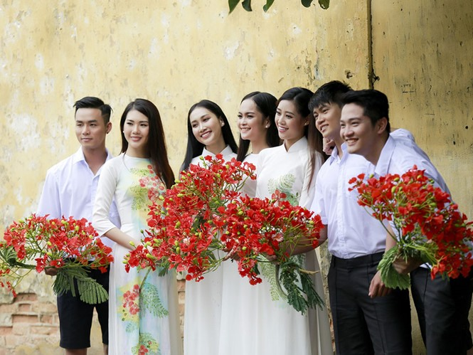 Áo dài exhibition to open in HCM City