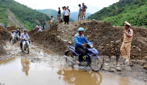 On-going rains pose risks of flooding and landslides in the north