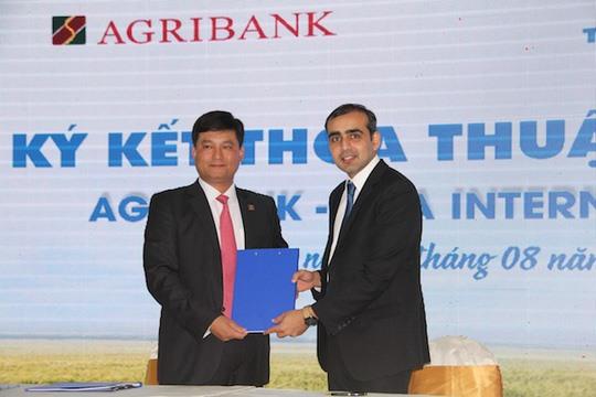 Agribank Tata International ink cooperation agreement