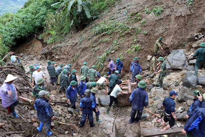 Prolonged heavy rains isolate 1700 households in Lai Châu