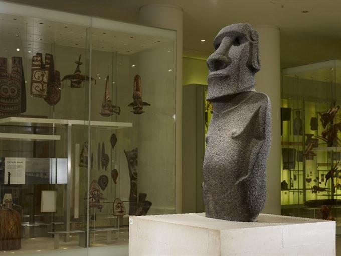 Easter Island natives seek return of unique statue held in London