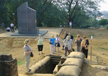 Nature locals degrade Điện Biên Phủ historic complex