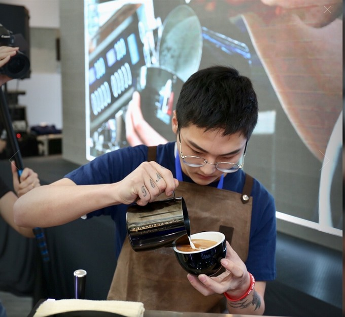 Latte art competition lures baristas
