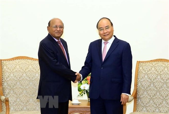 PM urges more effort to boost trade investment ties with Bangladesh
