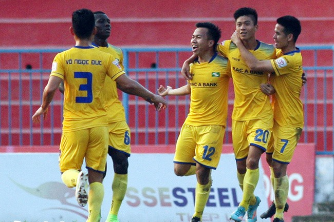 SLNA easily defeats Đà Nẵng and climbs up in the table