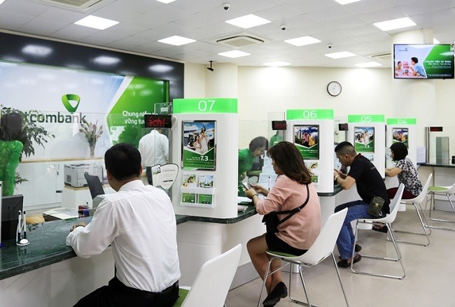 Vietcombank raises rates after a year