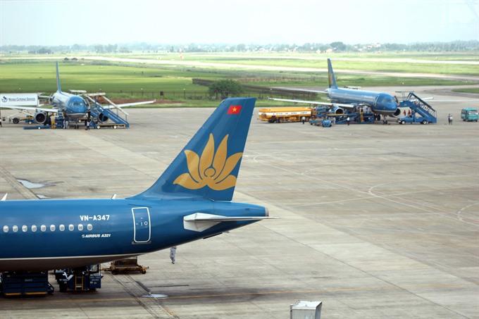 Two key runways under serious strain