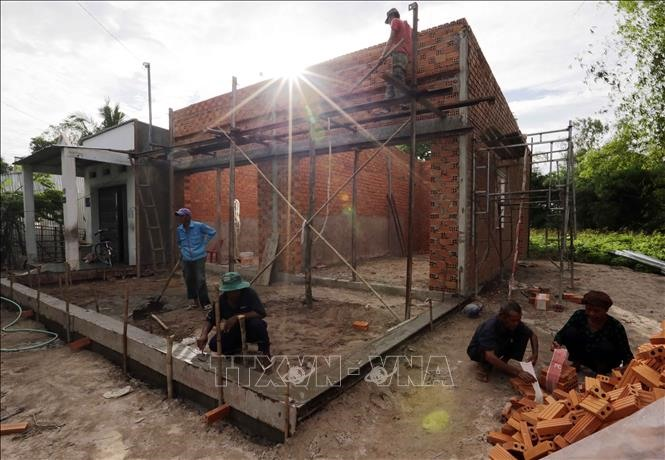 An Giang Province to reduce number of poor households