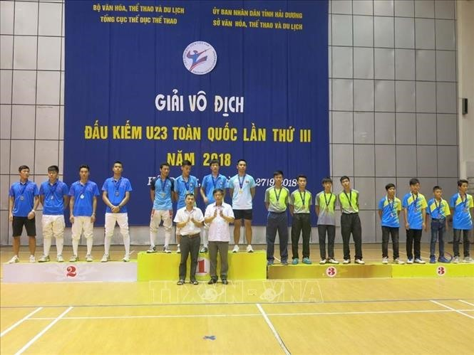 Hà Nội triumph at national fencing champs