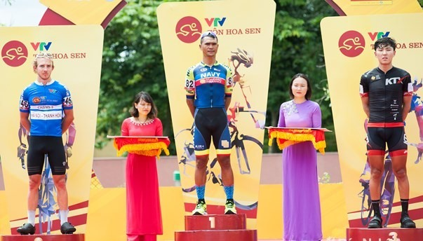 Jan Paul Morales wins third stage of intl cycling event