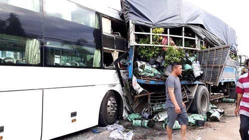 New Year Holiday traffic accidents kill 111 injure 61
