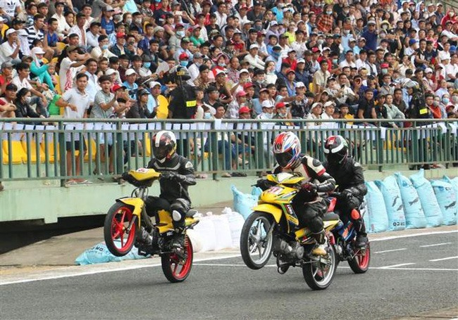 Cần Thơ to host national motor racing champs