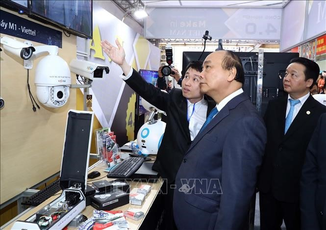 PM asks ministry to enhance Vietnams rankings in ICT