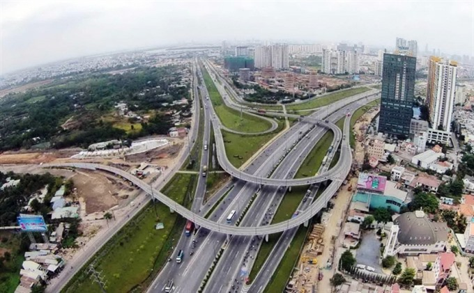 VN eyes private investment in infrastructure projects
