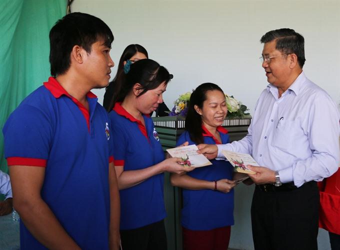 2019 Tết average bonus increases countrywide