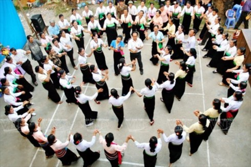 Xòe Thái seeks title of intangible cultural heritage