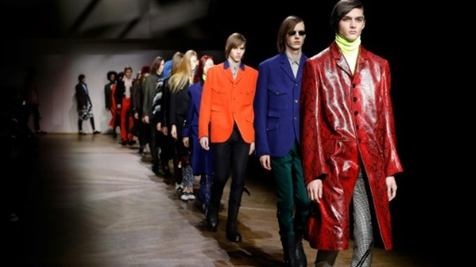 Slimane goes super skinny in Paris Celine mens debut