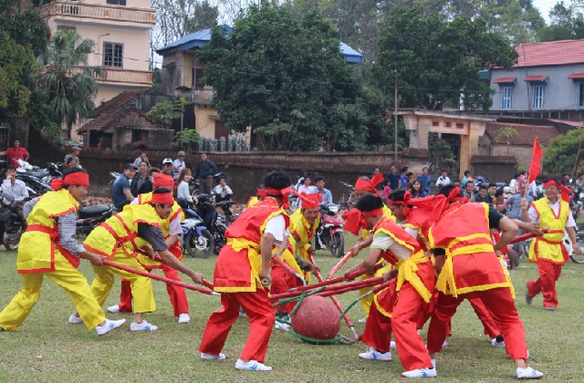 Cultural programme welcomes Tết