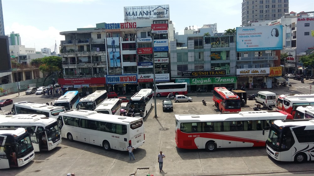 Đà Nẵng bans coaches from traffic hotspots