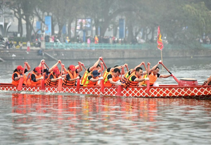 Hà Nộis annual dragon boat race set for February