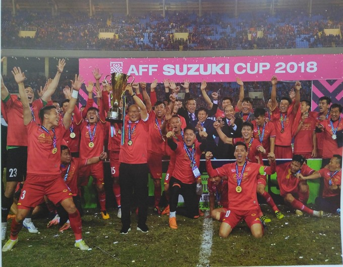 Photographer records successful year for Vietnamese football