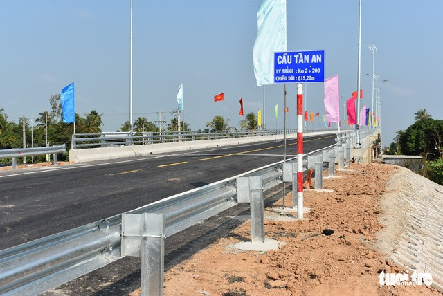 New bridge links An Giang province and Cambodia
