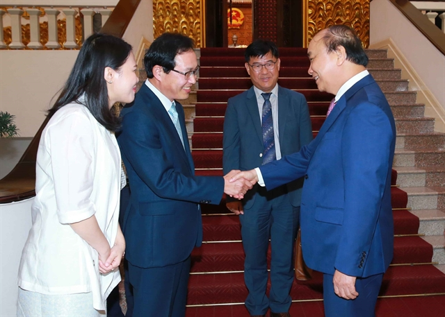 PM commits support to Samsung Việt Nam