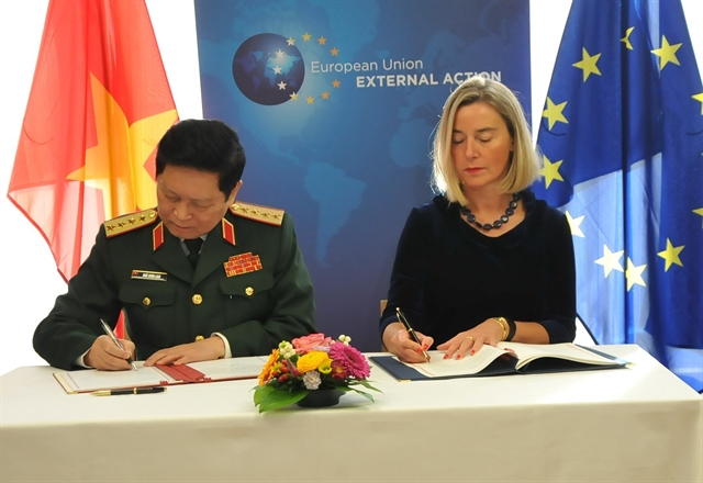Việt Nam EU sign Framework Participation Agreement