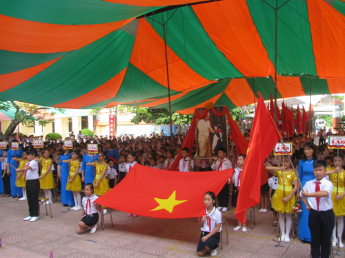 Hải Phòng to exempt students from school fees