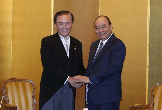 Prime Minister Phúc meets leaders of Japanese locality newspaper