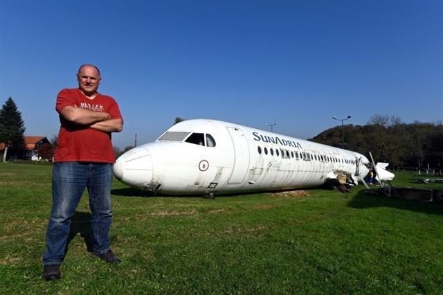 Croatian turns garden into site for plane parties