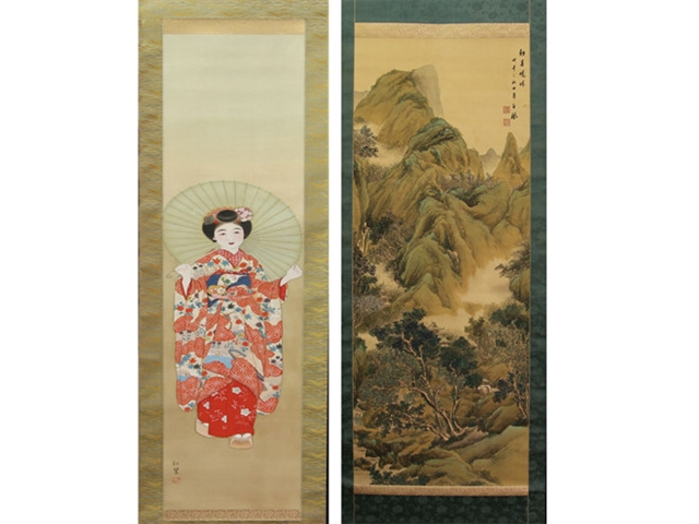Việt Nam receives precious paintings from Japan