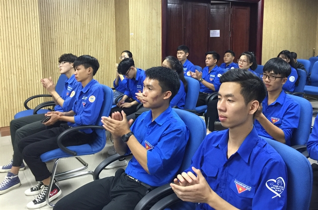 Vietnamese Cambodian youths exchange to foster friendship