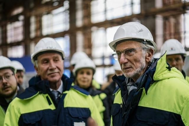 Russias richest man unveils new Moscow arts centre