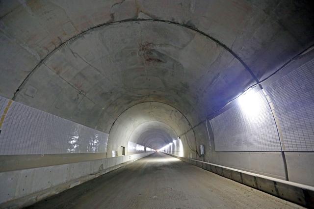 6.2-km Hải Vân Tunnel 2 near completion